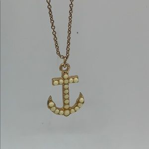 Forever 21 anchor pendant necklace gold tone